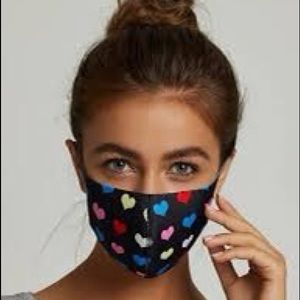 Accessories - 🎉JUST IN! Heart Print Face Mask